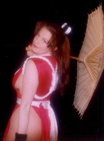 Mai Shiranui from King of Fighters 1999 worn by Tristen Citrine