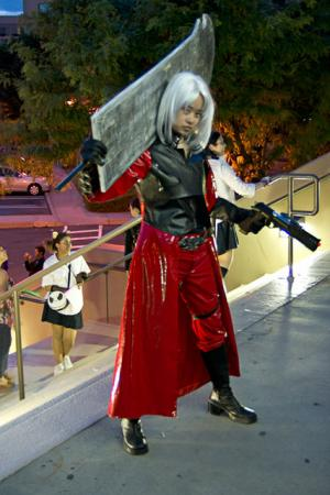 Dante from Devil May Cry 2 worn by Chibiko