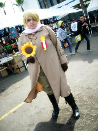 Russia / Ivan Braginski from Axis Powers Hetalia worn by Yuki Roxas