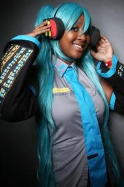 Hatsune Miku from Vocaloid 2 worn by blackflame16