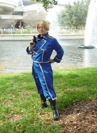 Riza Hawkeye from Fullmetal Alchemist worn by Seramuun