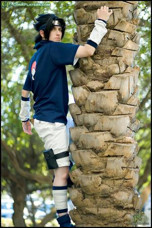 Sasuke Uchiha from Naruto worn by Li Kovacs