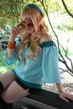 Sheryl Nome worn by Naxul