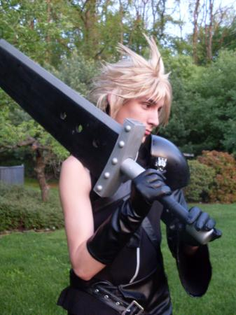 Cloud Strife from Final Fantasy VII: Advent Children worn by dragonlance311