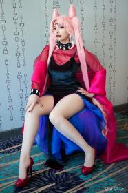 Black Lady from Sailor Moon R worn by HezaChan