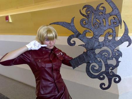 Victoria Seras from Hellsing worn by XBaNaNaX
