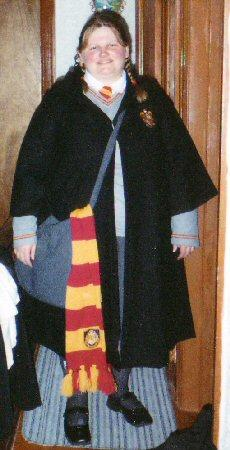 Gryffindor Student from Harry Potter worn by Leloi