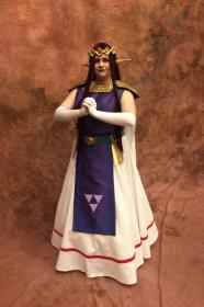 Princess Hilda from Legend of Zelda: A Link Between Worlds worn by Elly~Star