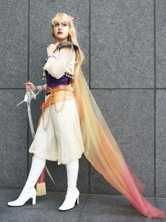 Celes Chere from Final Fantasy VI worn by klytaemnestra