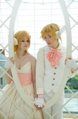 Kagamine Len from Vocaloid 2 worn by Inabari