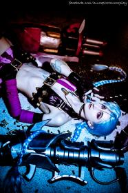 Jinx from League of Legends worn by CeruleanDraco