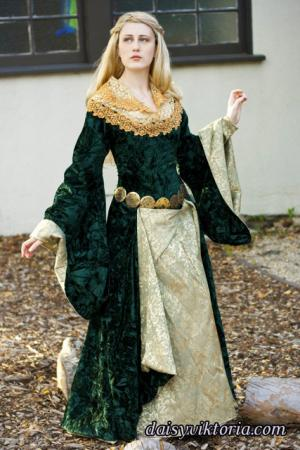 Eowyn from Lord of the Rings worn by Annwyn Daisy Viktoria
