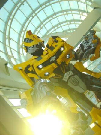 Bumblebee from Transformers worn by Lionboogy
