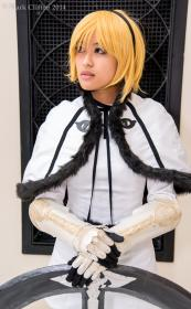 One from Drakengard 3 worn by Rosabella