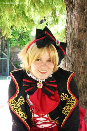 Kagamine Rin from Vocaloid 2 worn by nikineko