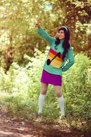 Mabel Pines from Gravity Falls by Bluucircles
