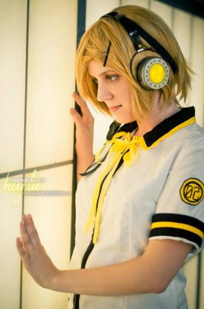 Kagamine Rin from Vocaloid 2 worn by A19riku