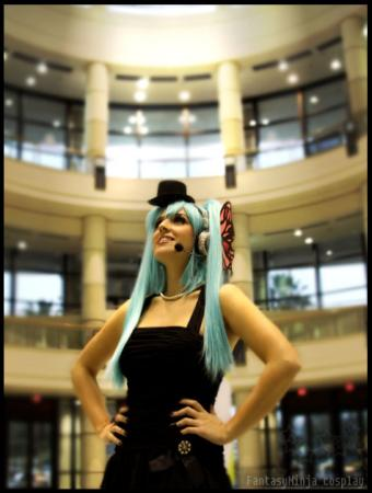 Hatsune Miku from Vocaloid 2 worn by FantasyNinja