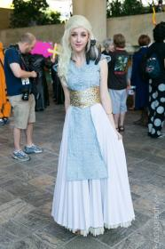 Daenerys Stormborn of House Targeryen from Game of Thrones worn by SunsetDragon