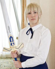 Saber from Fate/Stay Night  by KT