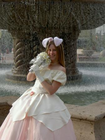 Bride from Ragnarok Online worn by Sparkle Pipsi