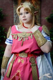 Princess Zelda from Legend of Zelda: A Link to the Past worn by Lunaladyoflight