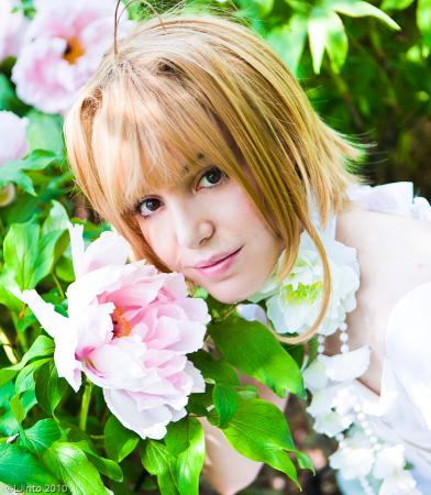 Sakura from Tsubasa: Reservoir Chronicle worn by Peachberri
