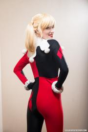 Harley Quinn / Dr. Harleen Francis Quinzel  	 from Batman worn by honeysaliva