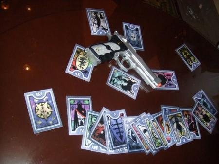 Tarot Cards from Persona 3 worn by Ada