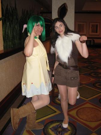 Eevee from Pokemon worn by Claeris