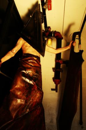Pyramid Head from Silent Hill 2 worn by 4ng31