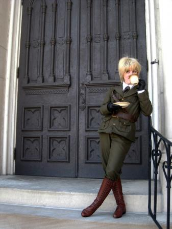 UK / England / Arthur Kirkland from Axis Powers Hetalia worn by sunbeam