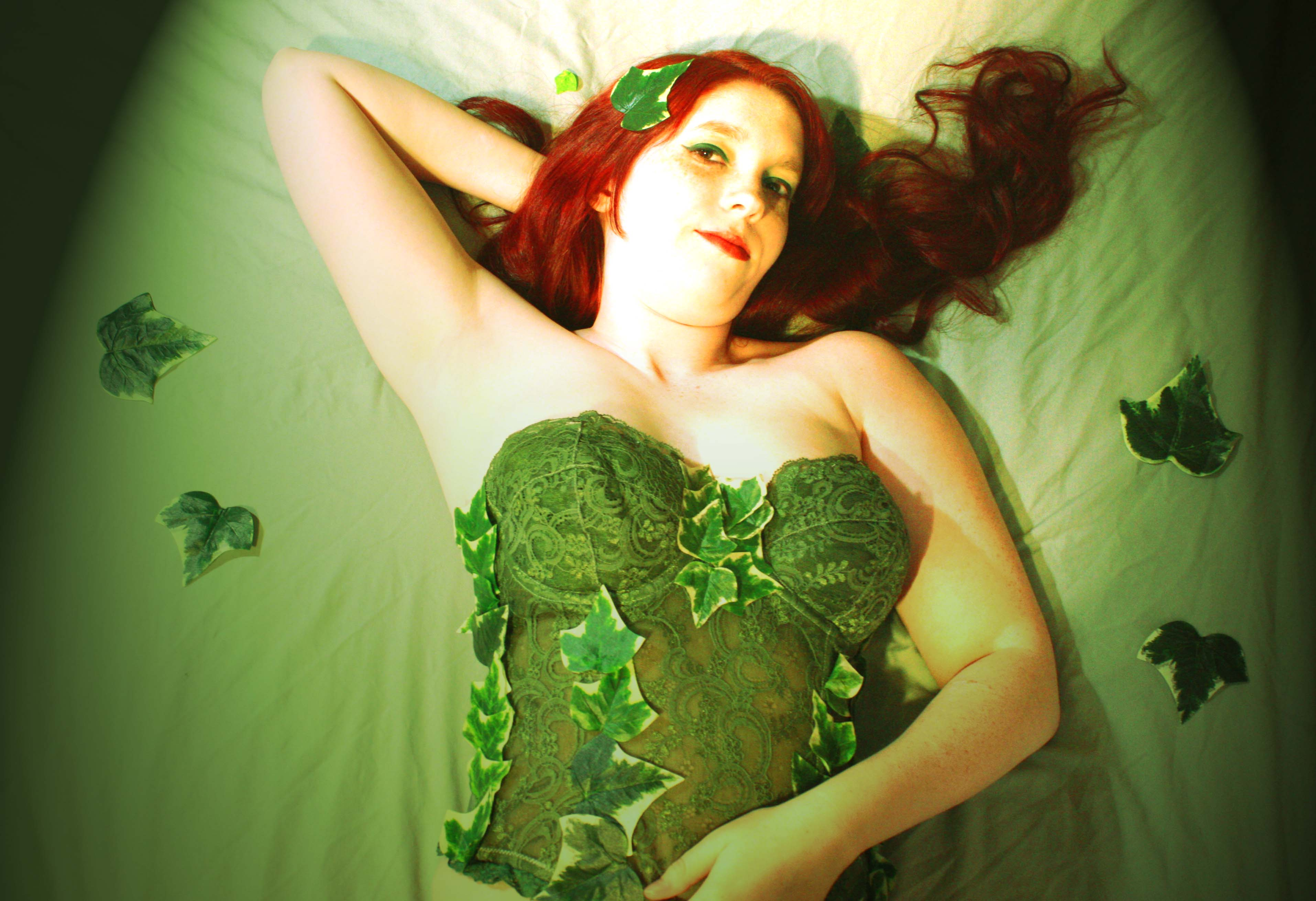 Poison Ivy Character Related Keywords & Suggestions ... Uma Thurman Costume