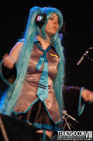 Hatsune Miku from Vocaloid 2 worn by Yuna Kymeria