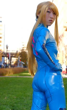 Samus Aran from Metroid worn by RedSonya