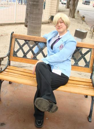 Tamaki Suoh from Ouran High School Host Club worn by Alchimique