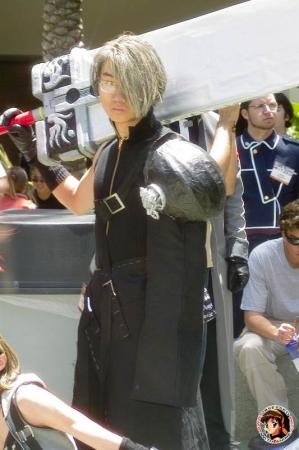 Cloud Strife from Final Fantasy VII: Advent Children worn by Ikariya