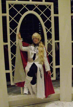 Lucille from Ningyou Kyuutei Gakudan worn by Lyn Hargreaves