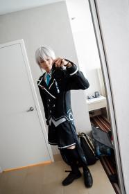 Kei Jinguji from Hyperdimension Neptunia worn by Kei Tsubasa