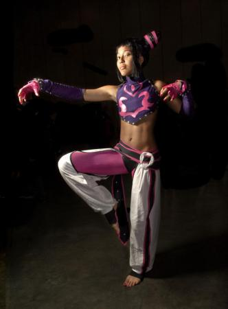 Juri Han from Street Fighter IV worn by Renzokuken