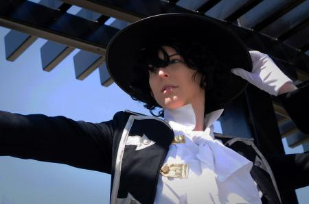 Gilbert Nightray (Raven) from Pandora Hearts worn by Sailor Anime