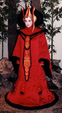 Queen Amidala from Star Wars Episode 1: The Phantom Menace worn by Elizabeth