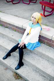Chitoge Kirisaki from Nisekoi worn by KitsuEmi