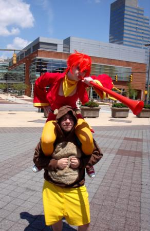 Kazooie from Banjo-Kazooie worn by RearMedic