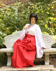 Kikyo from Inuyasha worn by Chiara Scuro