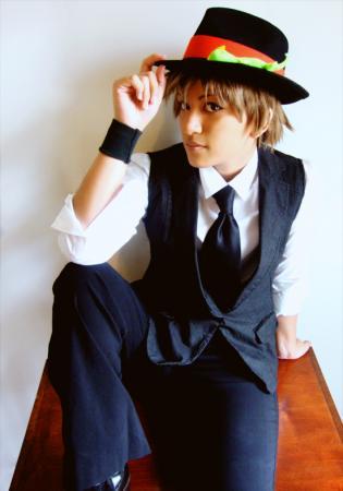 Tsunayoshi Sawada from Katekyo Hitman Reborn! worn by Hero