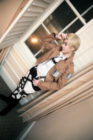 Irvin Smith from Attack on Titan worn by Constants