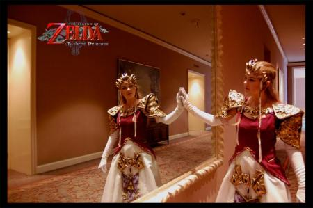 Princess Zelda from Legend of Zelda: Twilight Princess worn by Bekalou