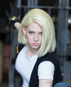Android #18 from Dragonball Z worn by Artemis Moon