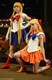 Sailor Venus from Sailor Moon worn by Hakuji